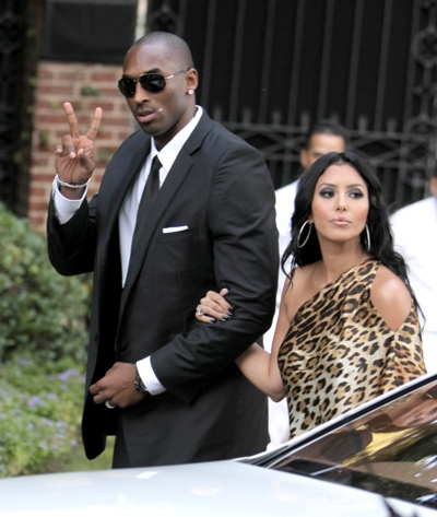 kobe bryant wife vanessa pictures. kobe-ryant-and-wife-vanessa-