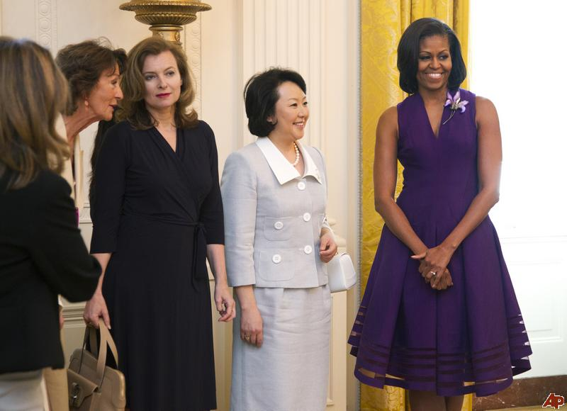 [Pix] First Lady Michelle Obama Hosts G8 Wives andGirlfriends