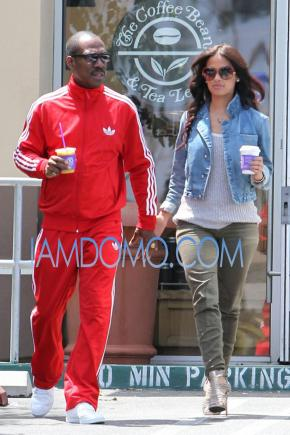 [Couples] Eddie Murphy Hooked up with Rocsi from BET?