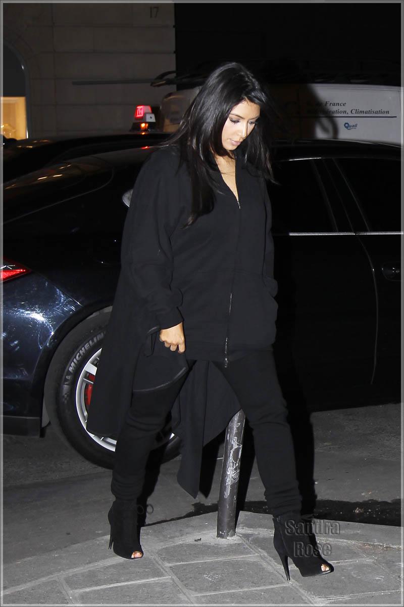 Kim Kardashian and Kanye West shopping in Paris